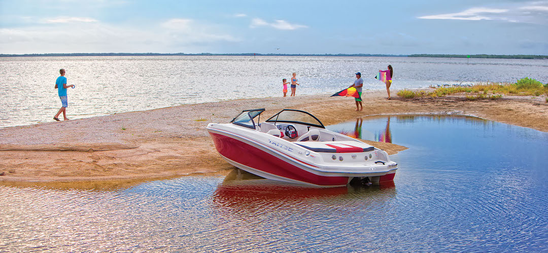 Tahoe 400 TS Runabout Boat